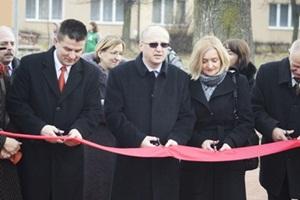 Otworzono kolejne boisko wielofunkcyjne w Szydłowcu