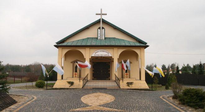 Parafia Świętych Apostołów Piotra i Pawła w Pawłowie