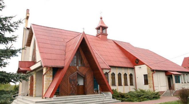 Parafia Matki Boskiej Bolesnej w Sadku
