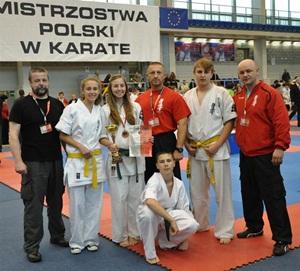 Sukcesy szydłowieckich karateków na Mistrzostwach Polski w Tychach! Sylwia brązową medalistką!