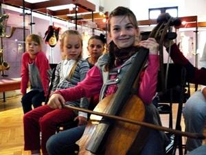 Kolejne odwiedziny dzieciaków w Muzeum Ludowych Instrumentów Muzycznych