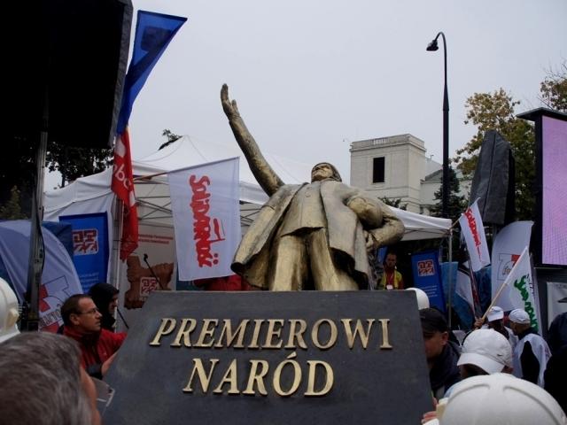 """Po Prezydencie Komorowskim, jako kolejny Szydłowiec odwiedzi """"Donald Tusk"""""""
