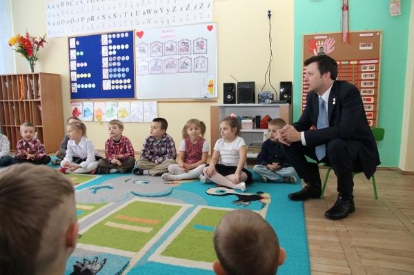 Rzecznik Praw Dziecka Marek Michalak odwiedził Powiat Szydłowiecki