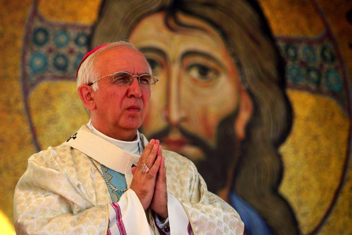 Ogólnopolskie tygodniki krytykują arcybiskupa Depo