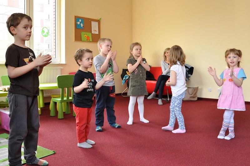 Zajęcia taneczno-gimnastyczne w BAM