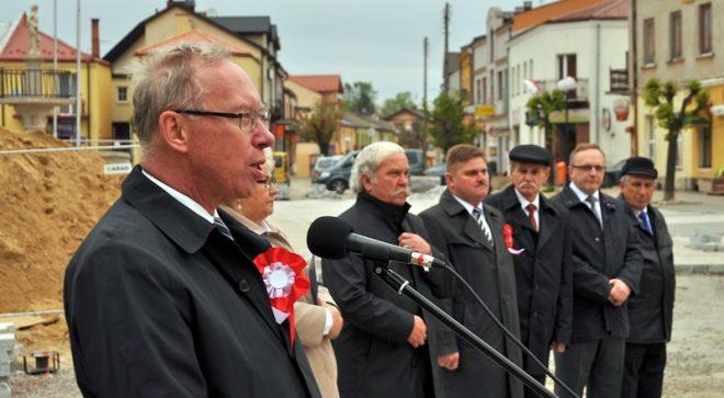 Witaj Maj, Trzeci Maj, dla Polaków błogi raj!