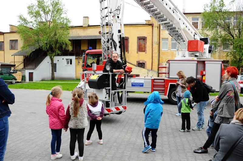 Dzieciaki odwiedziły strażaków