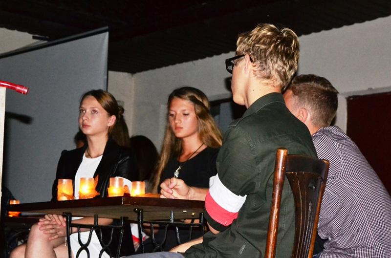 Poezją Baczyńskiego i Gajcego uczcili pamięć powstańców