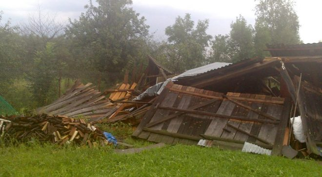 Burzowe zniszczenia w sąsiednich miejscowościach