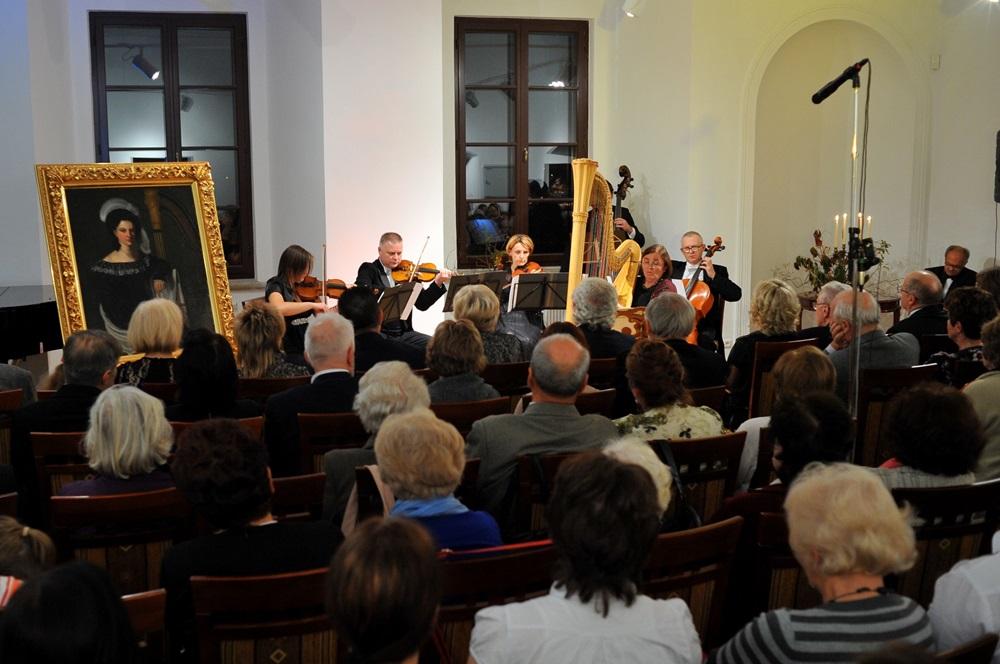Z Szydłowca do Paryża – Prawykonanie wersji kameralnej mozartowskiego koncertu na flet i harfę w MLIM