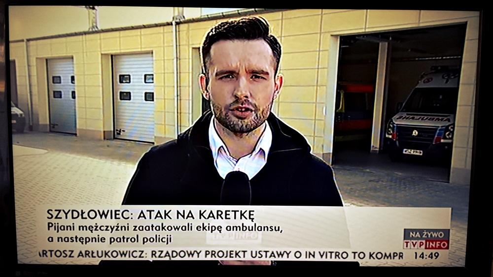 Pobity policjant i ratownik medyczny. W Szydłowcu ekipy ogólnopolskich stacji telewizyjnych