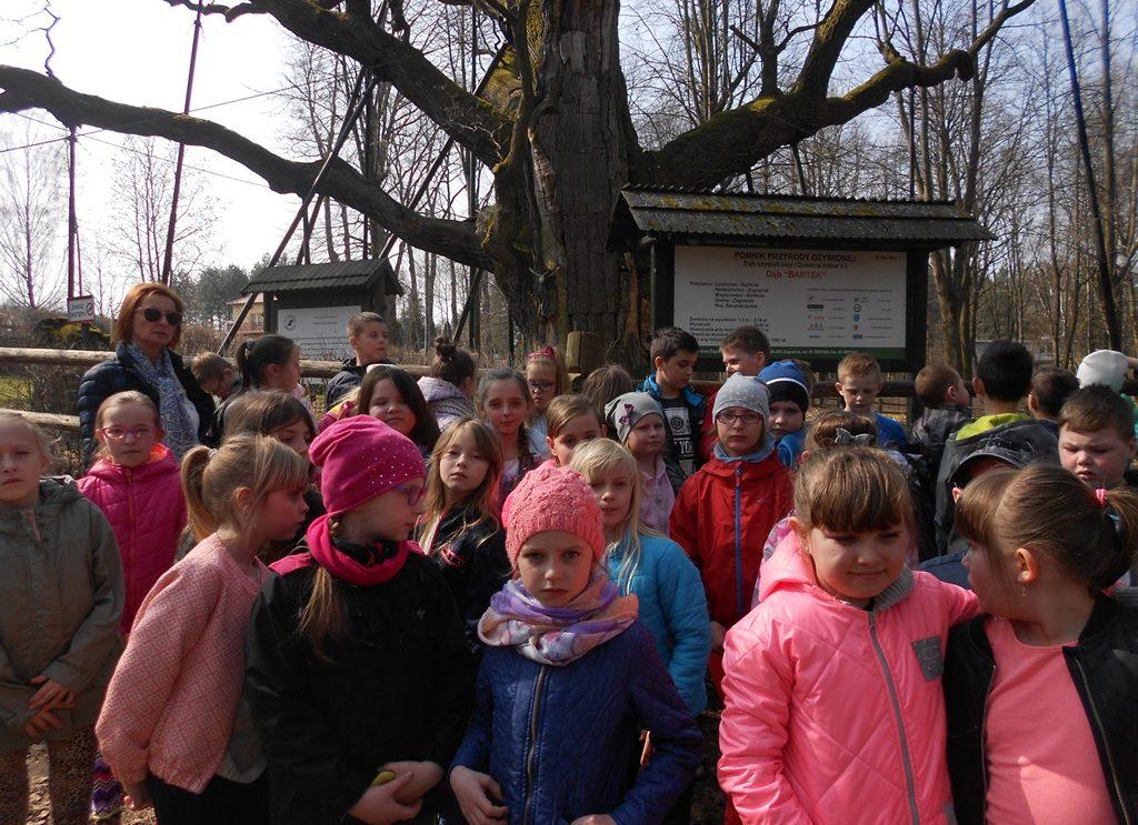 Trzecioklasiści w Geoparku w Kielcach