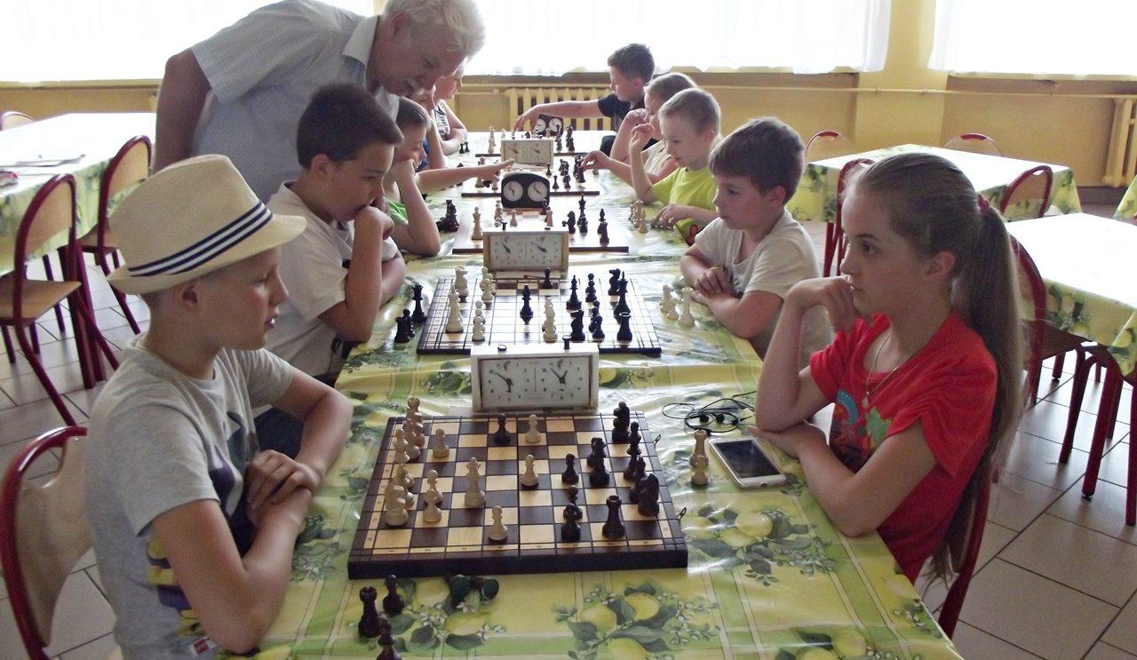"""Dwa lata szachów w UKS """"Korona"""" Szydłowiec"""