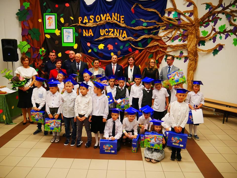 Ślubowanie pierwszoklasistów w PSP nr 2 im. Jana Pawła II