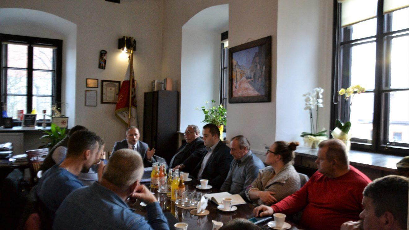 Społeczna Rada Gospodarcza omawiała temat budowy bloków i wykorzystania placu Wolności