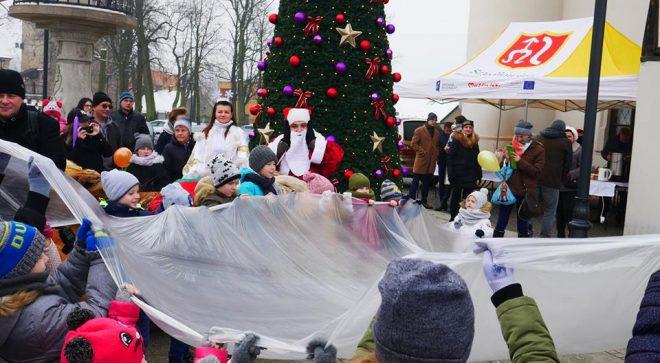 Mikołaj zawitał na szydłowiecki Rynek Wielki