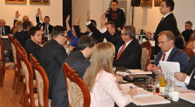 Sesja Rady Miejskiej. Wraca temat skargi na działalność spółki Wodociągi i Kanalizacja.