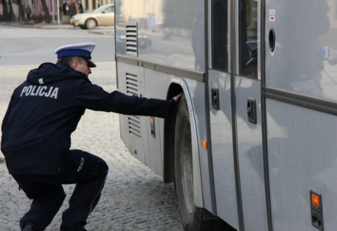 Szydłowieccy policjanci sprawdzą stan techniczny autokarów