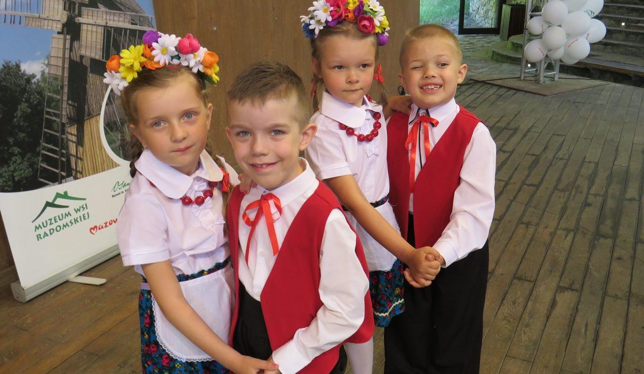 Przedszkolaki wystąpiły w Muzeum Wsi Radomskiej