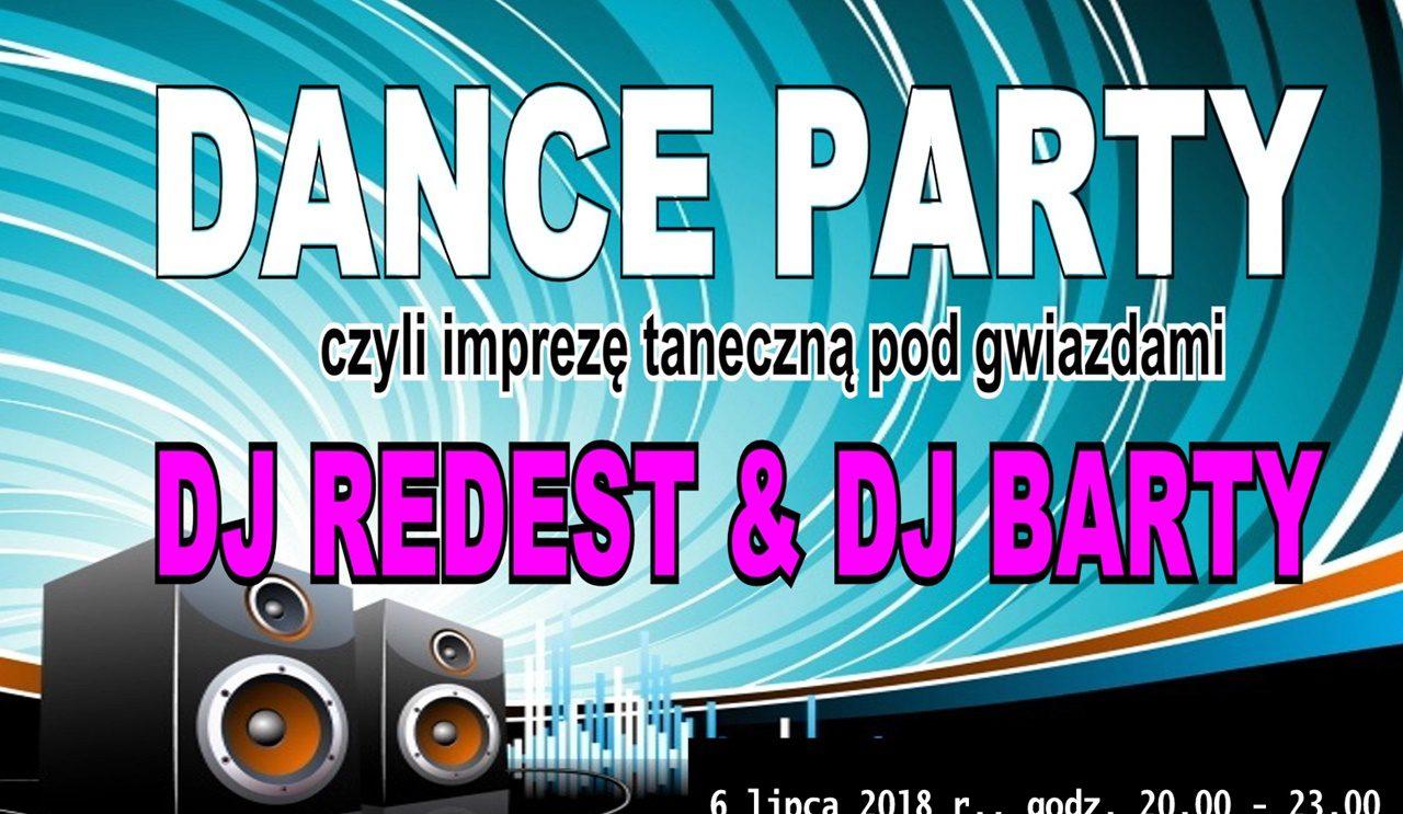 """""""Dance Party"""" na zamkowym dziedzińcu!"""
