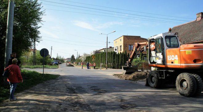 Przebudowa drogi powiatowej Krzcięcin – Szydłowiec