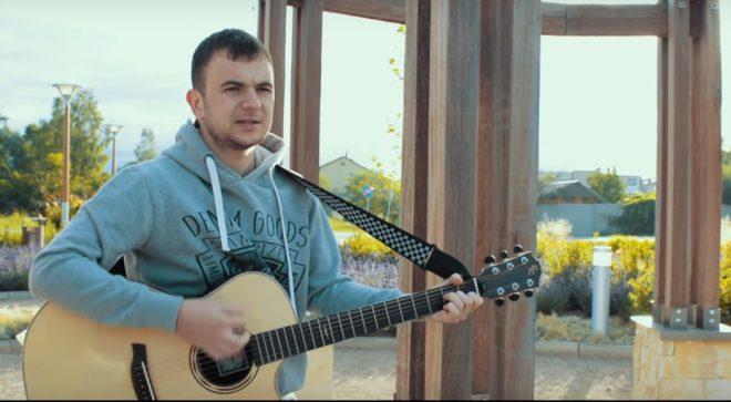 "Tomasz Kraska – ""Lewe lewe loff"" (cover KULT)"