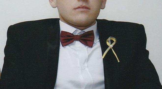 Mateusz z Bąkowa w gminie Orońsko, zbiera fundusze na operację