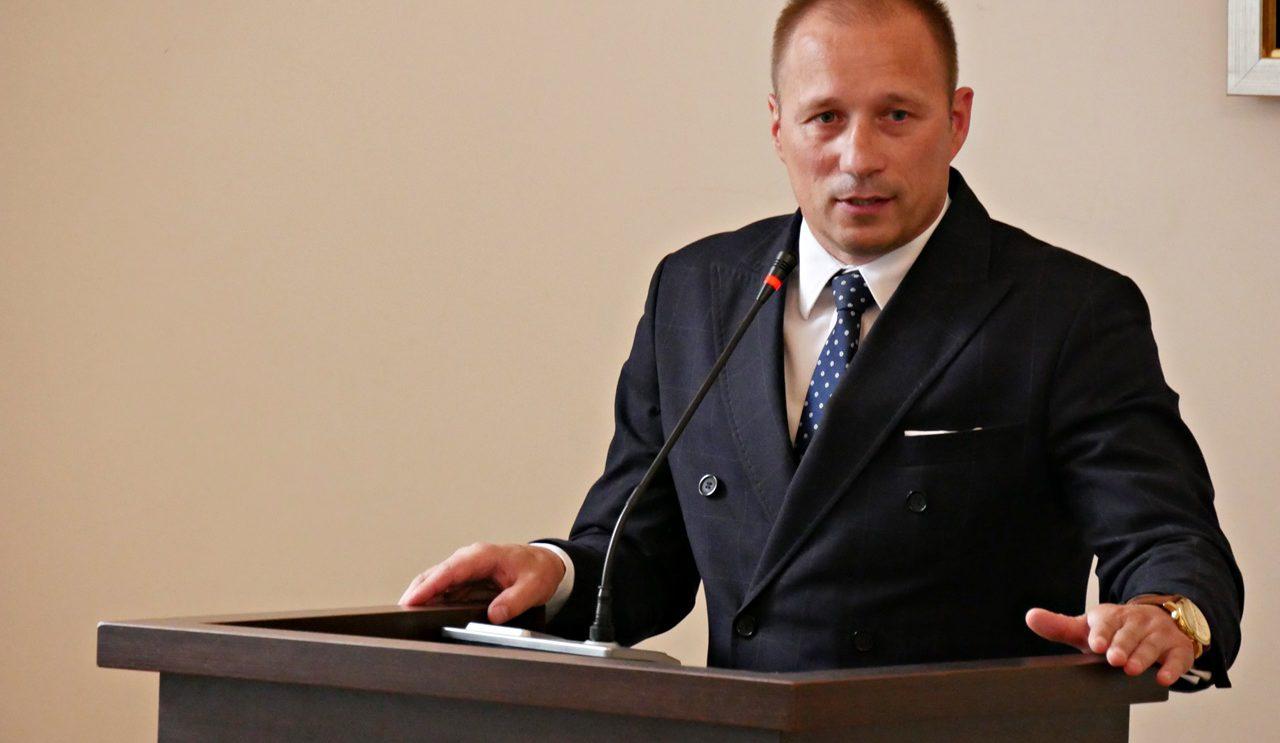 Artur Ludew z absolutorium za budżet za 2017 rok