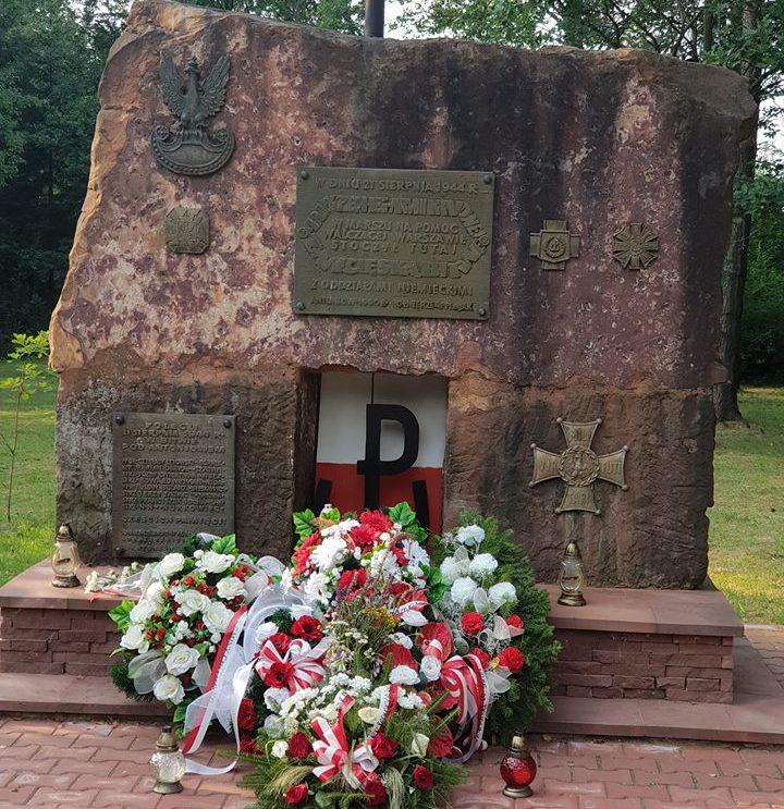Szli na odsiecz walczącej Warszawie. 1944 – bitwa pod Antoniowem