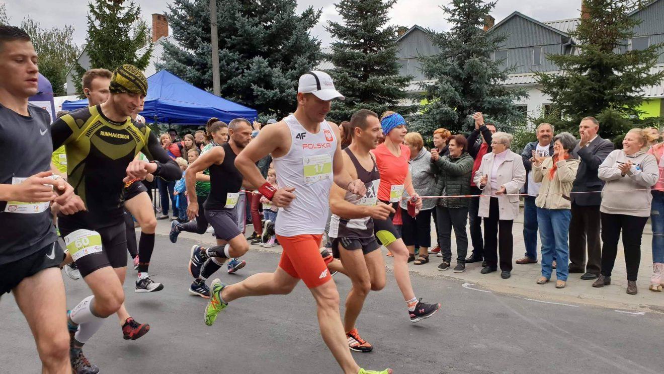 Dobre bieganie naszych reprezentantów w Zalesicach