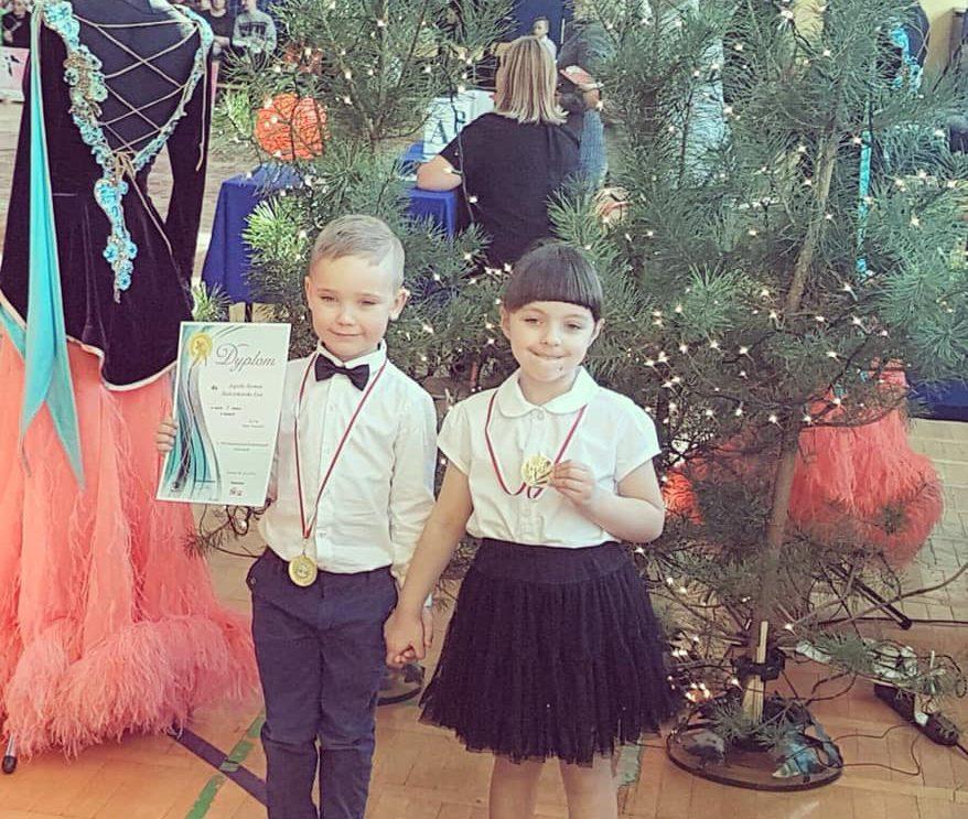 Sukces młodych par tanecznych