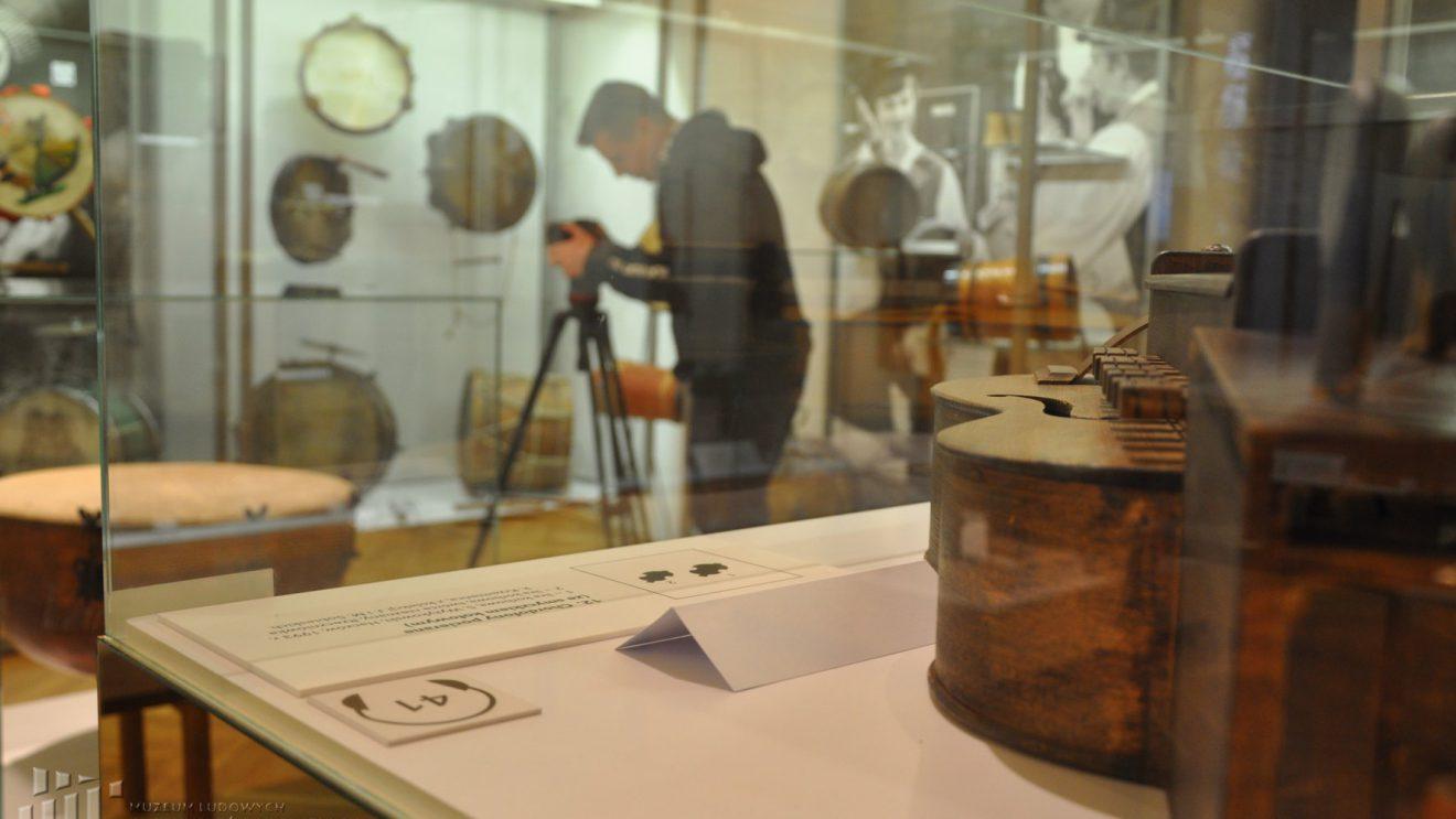 Muzeum Ludowych Instrumentów Muzycznych w TVP 3 Warszawa