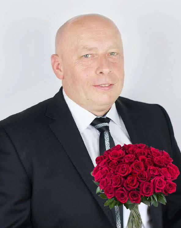 Radny Marek Cegliński z życzeniami z okazji Dnia Kobiet