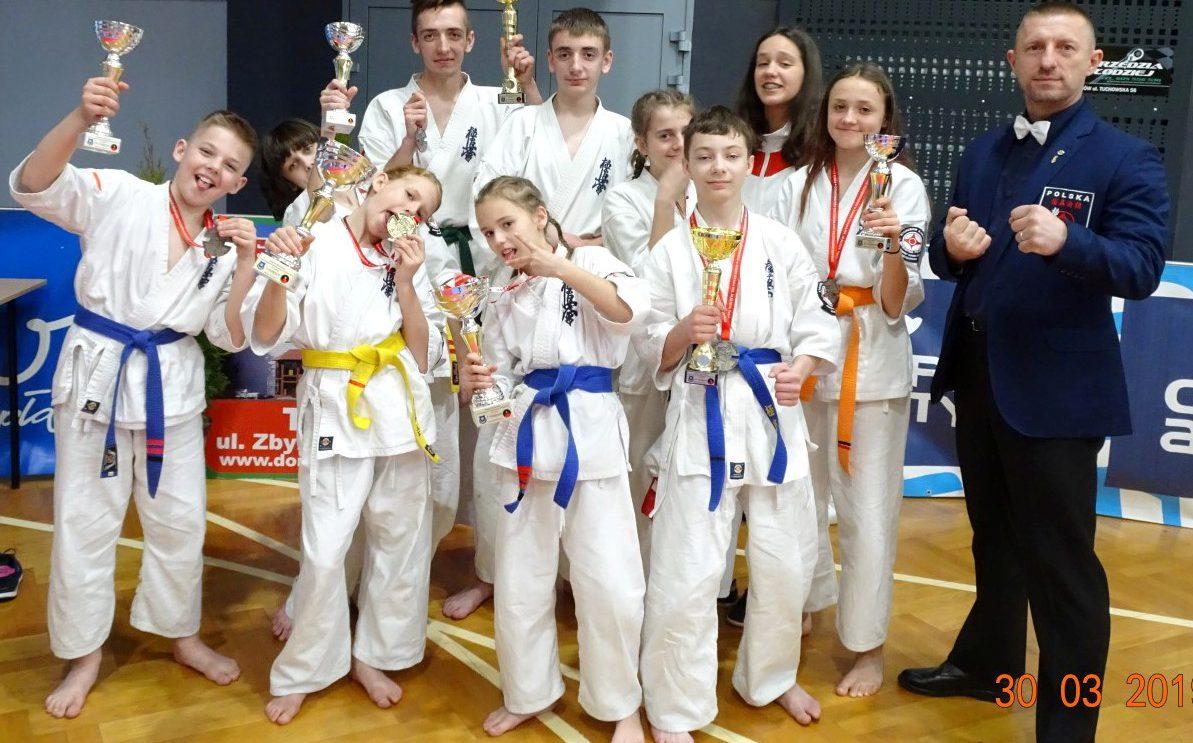 7 medali w OYAMA PFK w Tarnowie