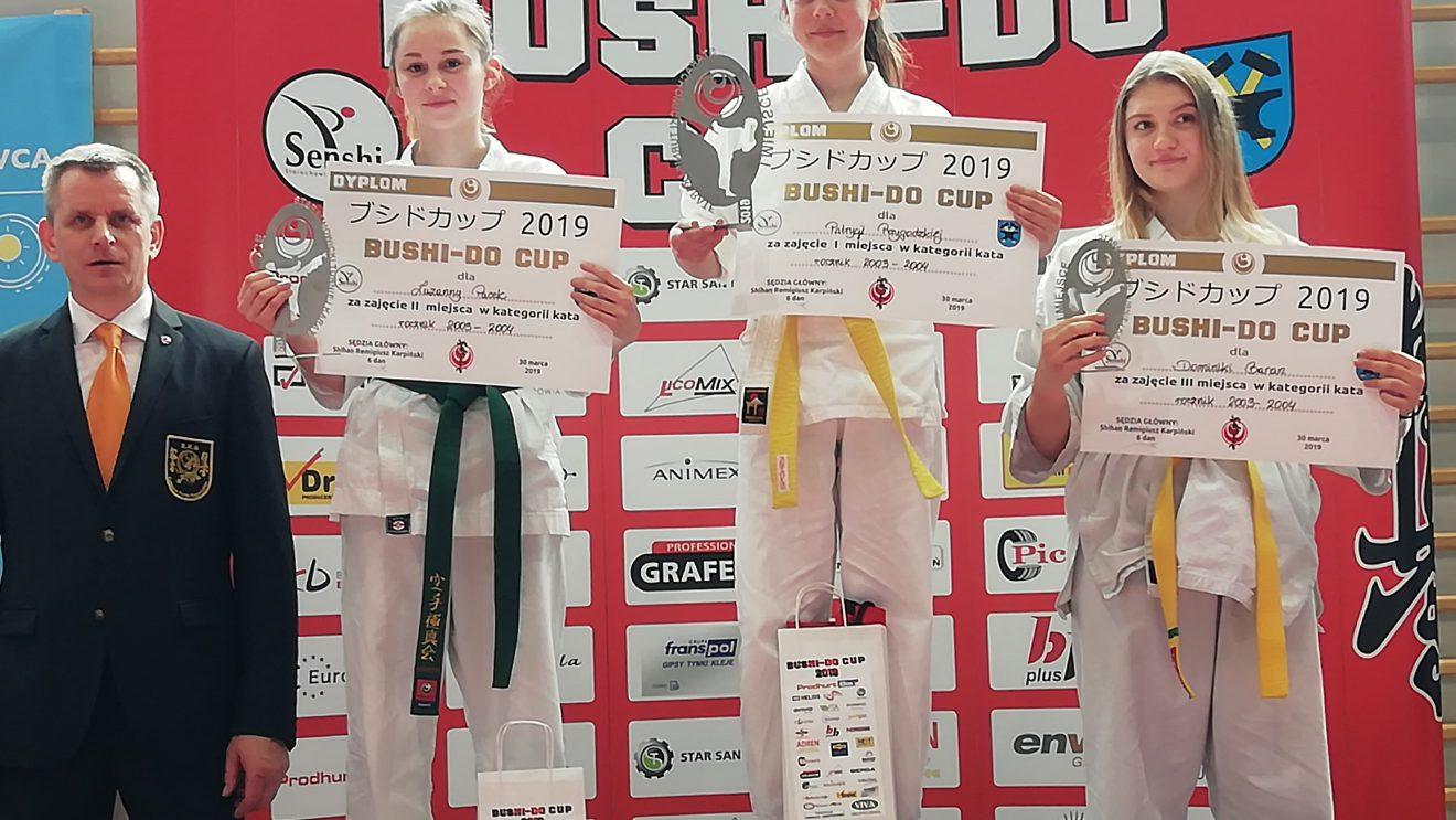 Świetny występ karateków z Akademii Karate Szydłowiec