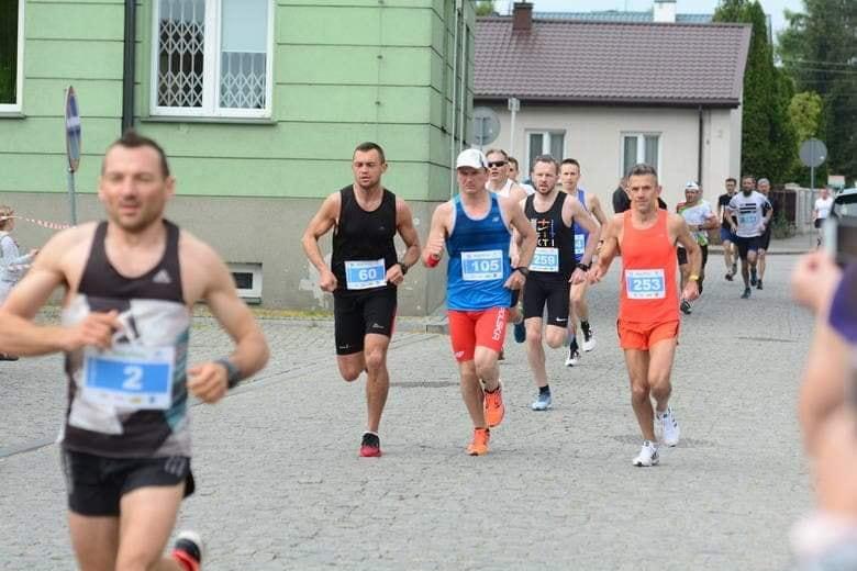 Świetny występ naszych biegaczy w Białobrzegach!