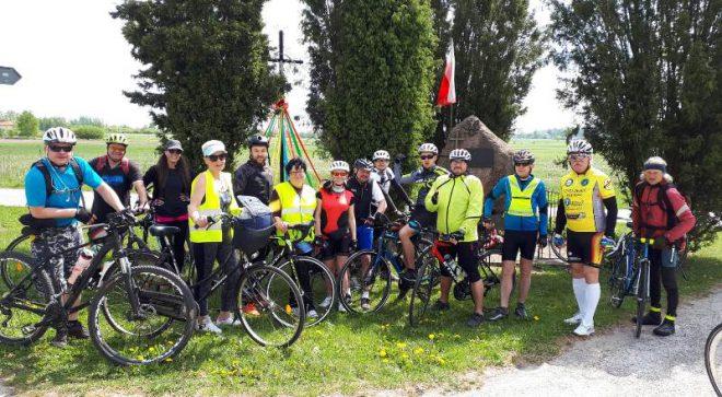 Rowerzyści wciąż na szlaku