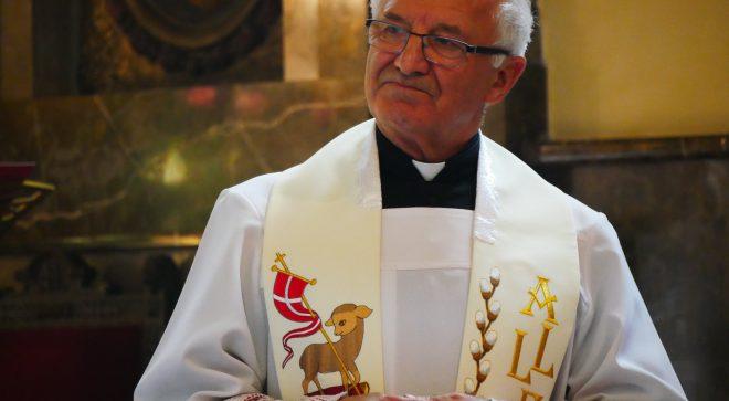 Parafianie podziękowali proboszczowi