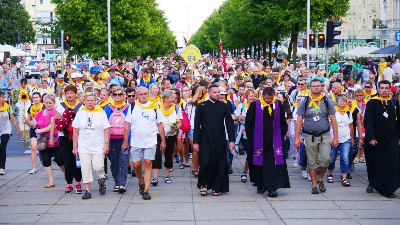 Ruszają zapisy na pieszą pielgrzymkę do Częstochowy