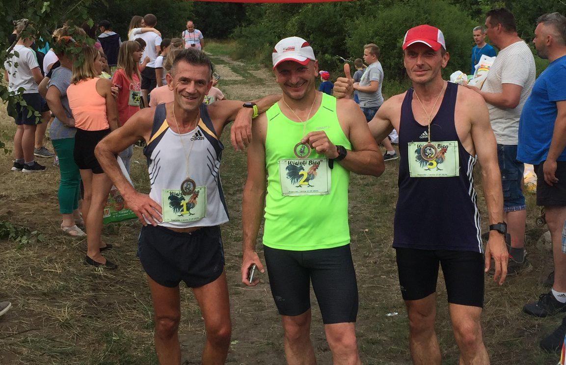 Trzech naszych biegaczy w czołówce Biegu Wiejskiego