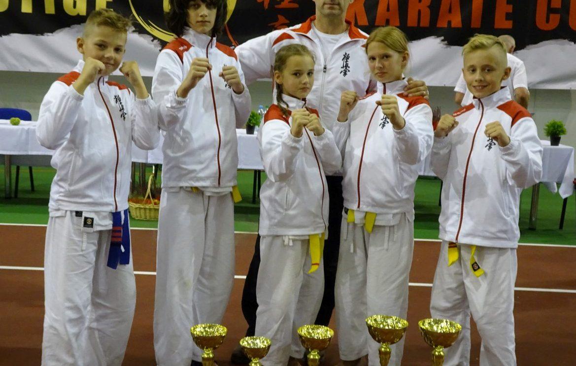 Prestige Karate Cup z szydłowieckimi medalami