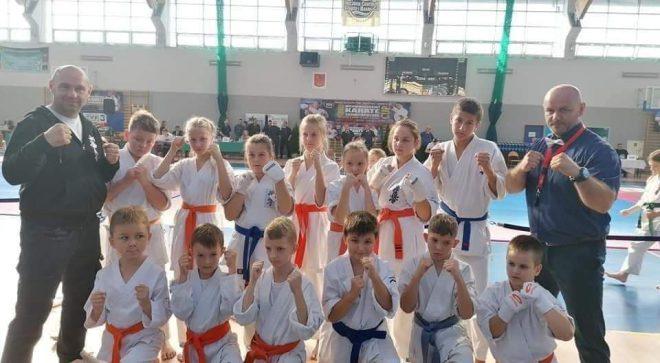 Medale szydłowieckich karateków