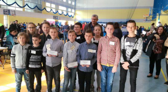 Szachowa młodzież w Drużynowych Mistrzostwach Mazowieckich