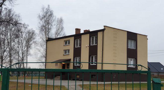 Szkoła w Zdziechowie oficjalnie zlikwidowana. Kurator nie pozwala na likwidację szkół w Pawłowie i Skłobach.