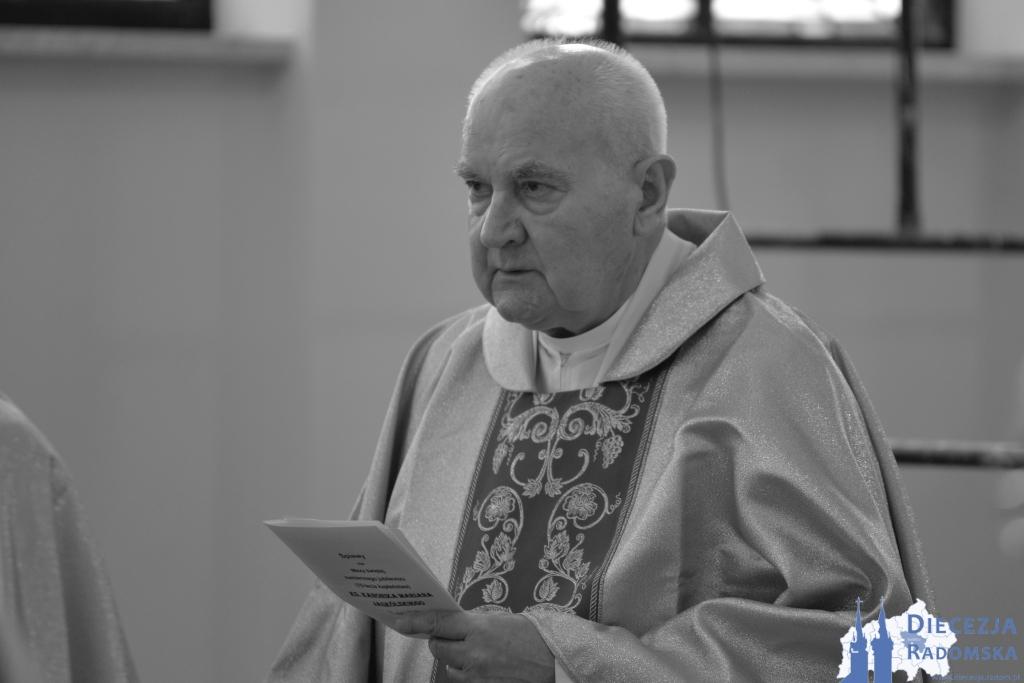 Zmarł były wikariusz parafii w Szydłowcu i Jastrzębiu