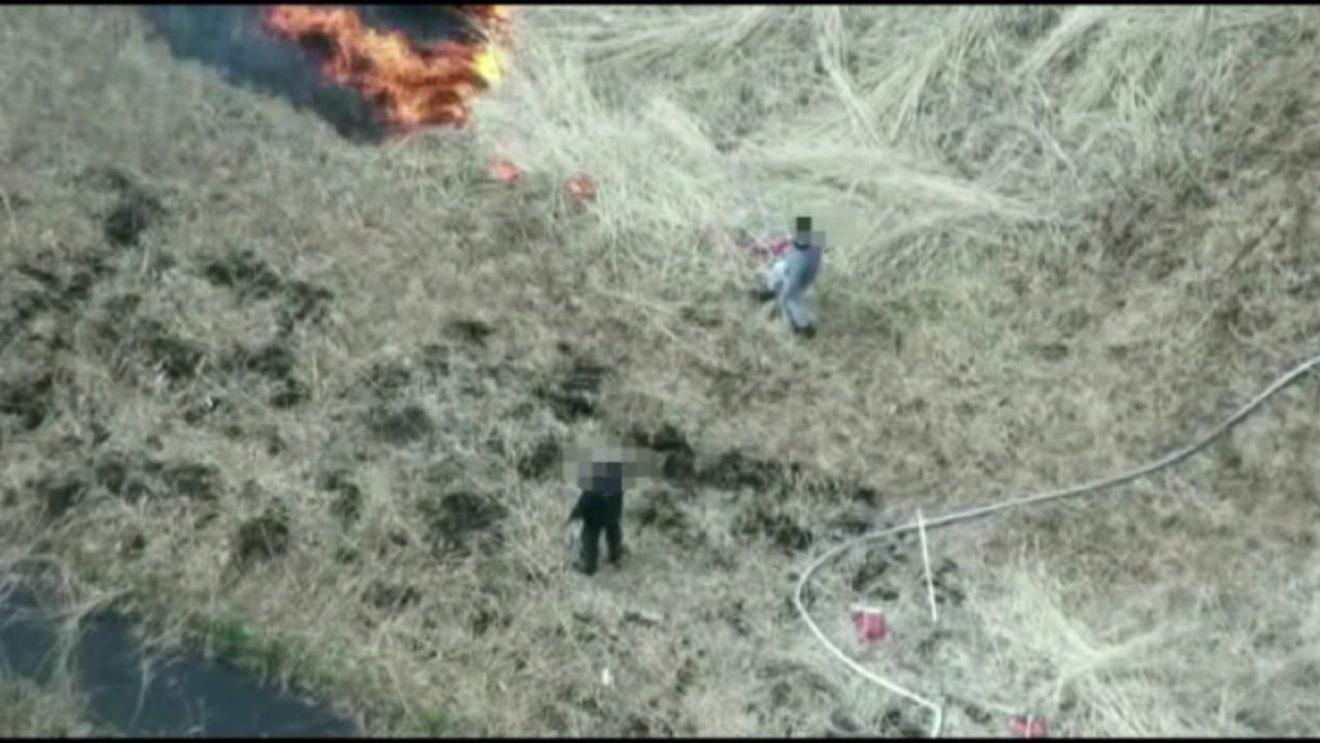 Policyjny dron namierzył podpalaczy (video)