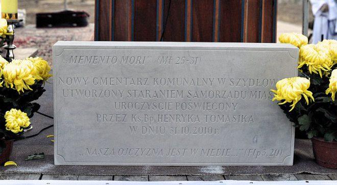 10 lat temu otworzyli cmentarz komunalny w Szydłowcu