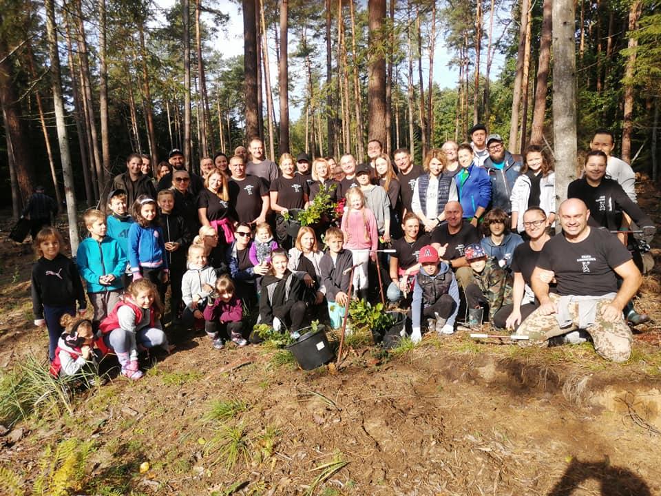 Ekipa Lodowcowa posadziła las