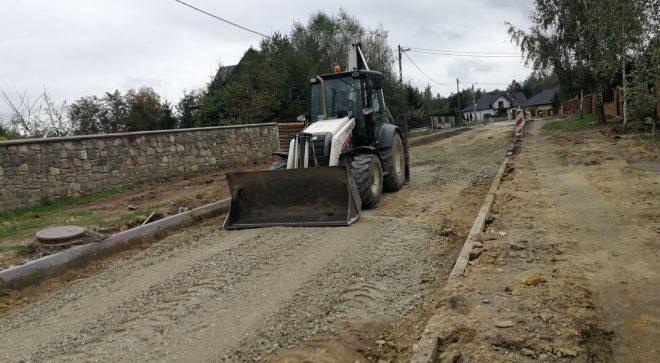 Końcowa faza budowy ulicy Podzamcze