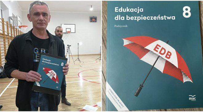 Dariusz Piasecki napisał podręcznik dla ósmoklasistów